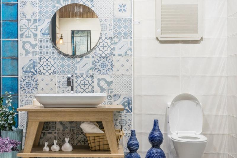 designed border bedroom tile